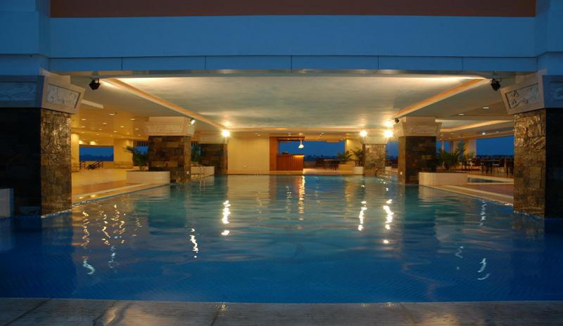 Swimming Pool Convention : Swimming pool don chan palace hotel convention